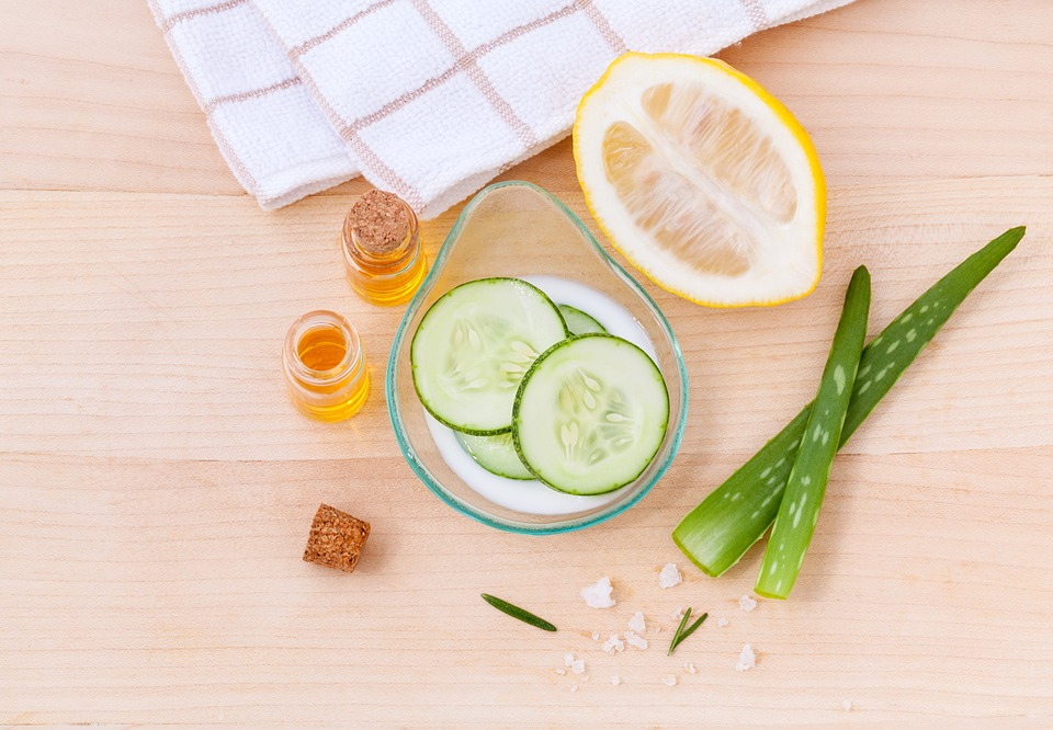 Aloe vera and cucumber for skin care