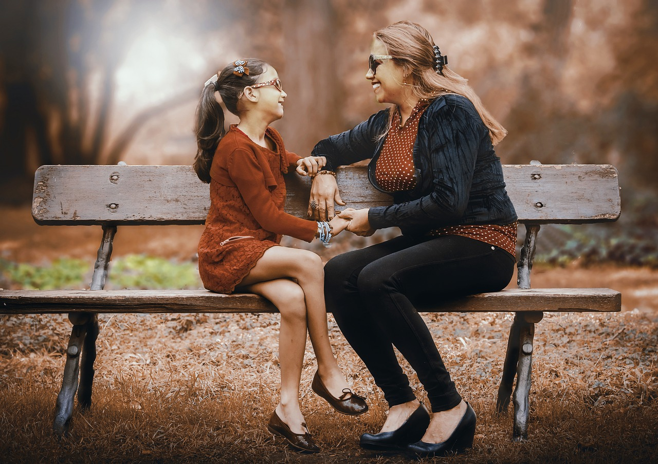 Image of mother and daughter having the talk
