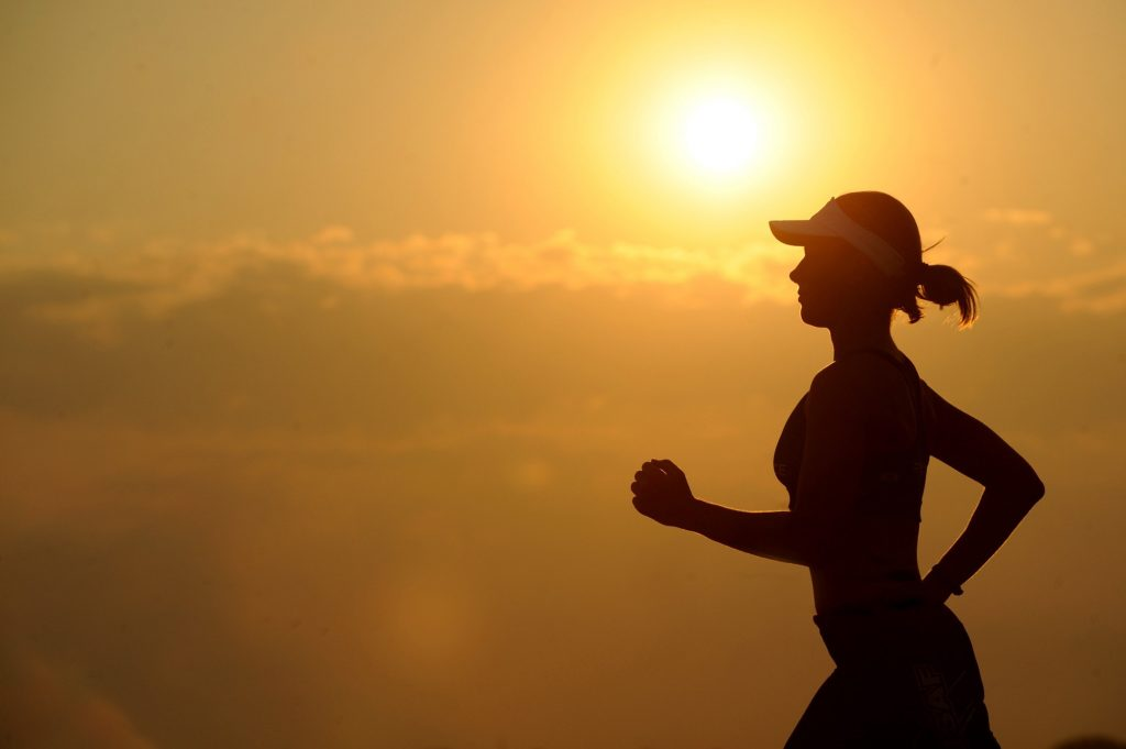 fitness woman jogging - fitness apps